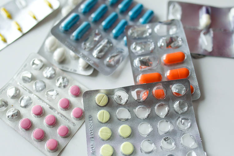 Será que eu preciso tomar todos esses remédios?